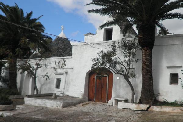 antica masseria di trulli da ristrutturare in vendita in Puglia