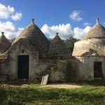 Colonial Trulli weißen Stein Schatten der Olivenbäume zum Verkauf in Apulien