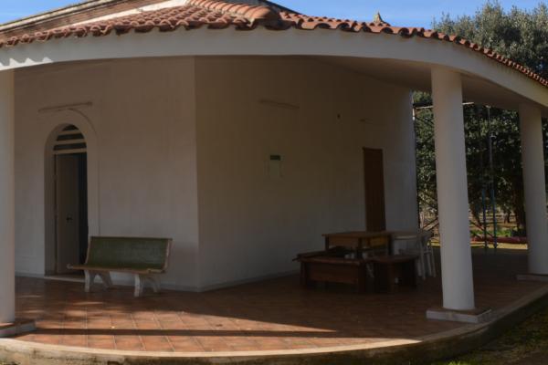Particular villa with orchard and olive grove for sale near Carovigno in Puglia