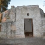 Trullo pierre situé dans un pays tranquille pour vendre près de Carovigno